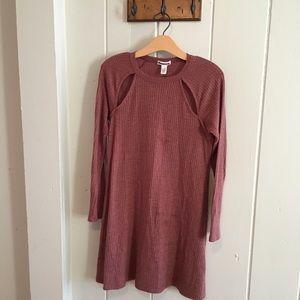 Maroon long sleeve cutout dress